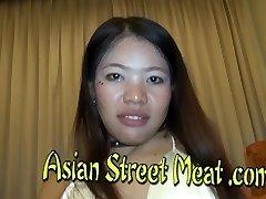 Thai Cutie Swallowed The Fountain