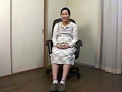 asian pregnant