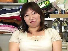 japanese bbw mature masterbation watching