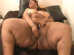 Ebony plumper with big tits
