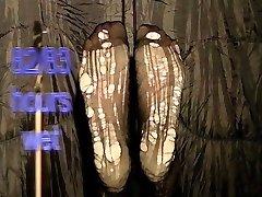 Bianca's moist feet part 13