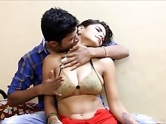AKELI JAWAN PYASI BHABHI bollywood hard-core version champagnTriopapi urdu pakistani
