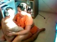 Desi Aunty Nailed on a covert camera