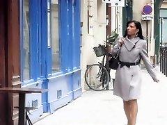 Francúzsky beurette MILF Bettina análny sex v klube libertin