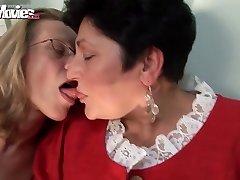 Joy MOVIES Horny Granny Lesbians