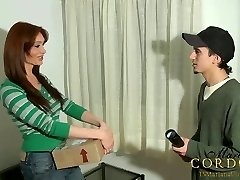 Mariana Cordoba deep-throated off by the mail man