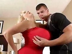 Hot Huge Titted Mature Cougar Kayla Kleevage