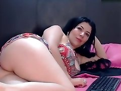 saralovee secret flick on 07/07/15 15:55 from chaturbate
