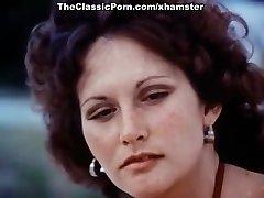 Linda Lovelace, Harry Reems, Dolly Ostrih v klasični seks