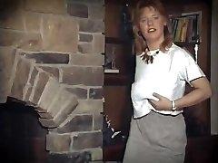 SUSSUDIO - vintage ginger humungous tits unwrap dance