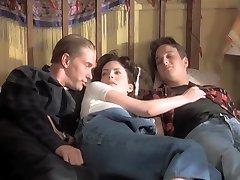 Threesome (1994) Lara Flynn Boyle, Katherine Kousi