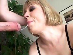 Busty blondie an sloppy mouth face fuck swallow