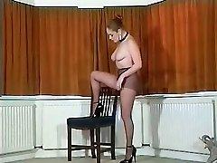 Σέξι Βρετανική busty καλσόν teaser