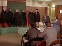 Esclaves sexuelles sur κατάλογος (κλασική γαλλική ταινία)
