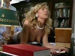 Η ούρσουλα Gaussmann-Σεξ στο γραφείο(Gr-2)