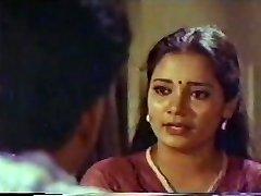 Ινδική Θεία Vintage, Ζεστό