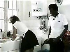 Εξωτικά ερασιτέχνες Ρετρό, Διαφυλετικό πορνό κλιπ