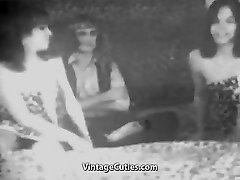 Man Fucks two Sexy Women (1950s Vintage)