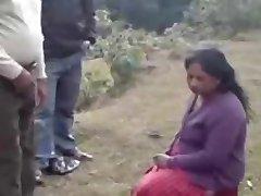 Nepalesiska Kvinnor i Backen regionen(Daada ma Joomla Najik)