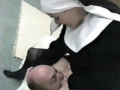 emma nővér facesitting