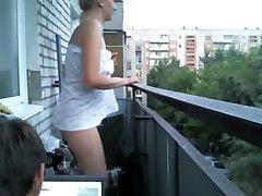 latika32 kul på balkongen