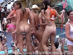 outsägliga utsvävningar i florida pool party