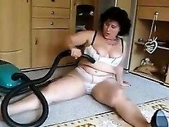 Mulher Madura Aspiradores Sua Buceta Suja