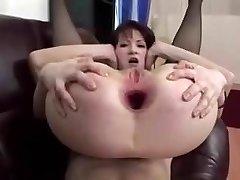 madura puta con un abismo enorme culo