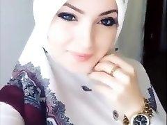 Sexy Hijab Girl