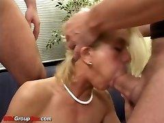 flaco alemán extrema anal gang masturbar
