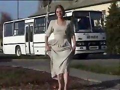 demonstrating & pissing in Public