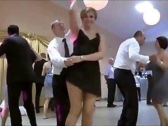 Classic !! Upskirt en la boda