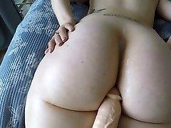 big booty niña blanca