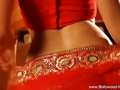 Bollywood Queen Of Softcore Dance Sexy Milf
