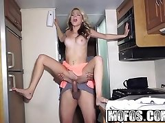 Mofos - Project RV - Nimble Spinner Gives Blowjob starring