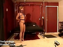 Fitness Model Roped and Dominated