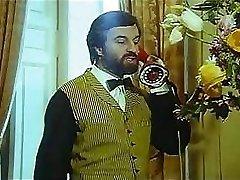 Vintage porr film med skäggiga killen smäller lokala hora