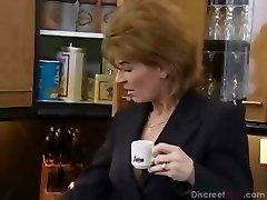 Busty Redhead Tyska Gammal Blir Anal