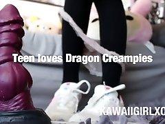 Nova o Criador Preenche Adolescente com Enorme Carga de Grande Mau Dragão Creampie