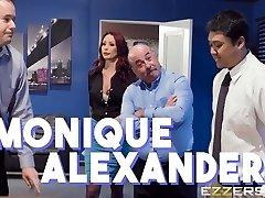 Monique Alexander In Team-Building-Sexcercise