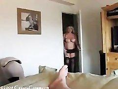 Calda prosperosa milf sesso fumatori