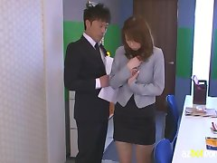 AzHotPorn.com - Asian Female Teacher WithoUT Panties Part