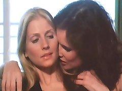 La Princesse Et La Call-Girl Lesbienne Scène 1