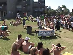 Beach Party For Spring Break - DreamGirls