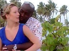 Checa esposa em férias na Jamaica