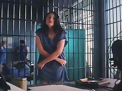 Tira em mulheres prisão
