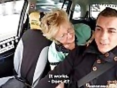 Češka zrela teen žudi taksisti penis