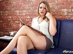 Ahvatlev Penny Lee vilkuv raseeritakse tuss upskirt aastal softcore video