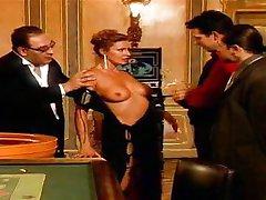 Ursula Cavalcanti - İtalyan Lady fucked