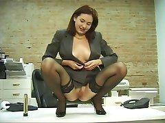Tesão office garota em meias dildoes sua boceta macia